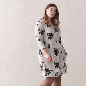 ✨2 x HOST PICK✨Floral Cozy Dress - In Every Story